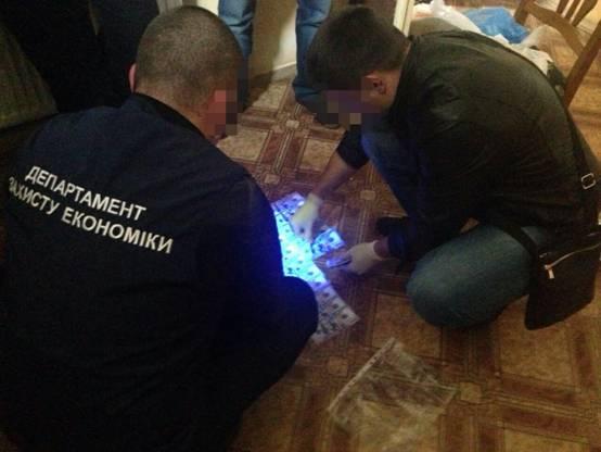 У директора-хабарника одного з ЛКП Львова поліція виявила ще 90 000 доларів