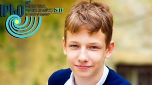 Українці перемогли на міжнародній олімпіаді з фізики