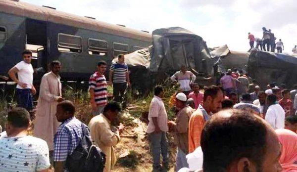 У Єгипті зіштовхнулися два потяги