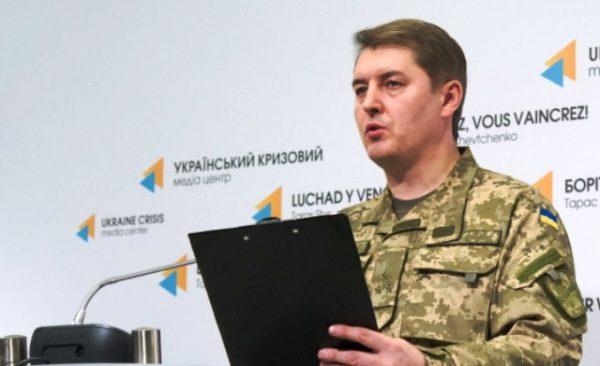 На Донбасі фронт горить