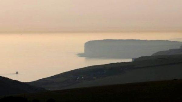 «Хімічна хмара» на британському пляжі