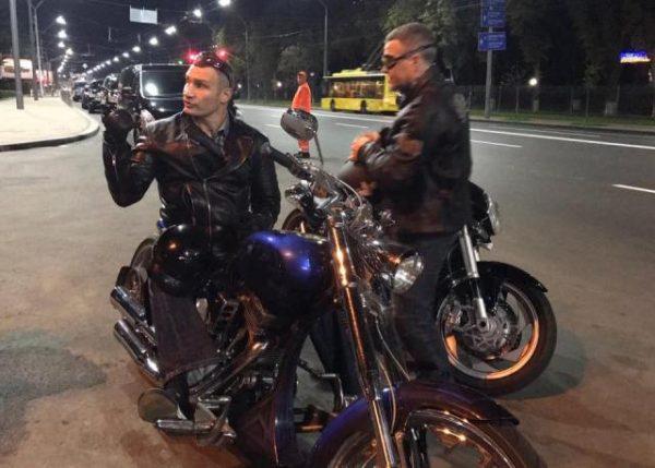Для чого колишній боксер став мотоциклістом?