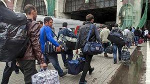 35% українців хотіли б еміґрувати кудись за кордон