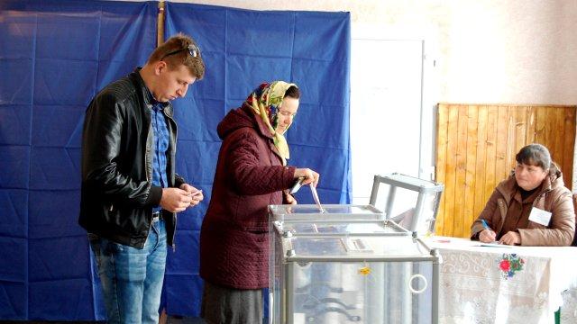 В Україні обирають місцеву владу