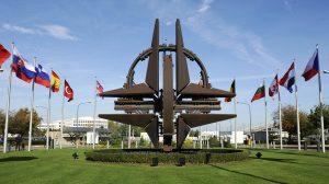 Влада вкотре обіцяє українцям вступ до НАТО