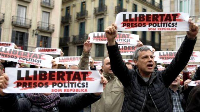 Каталонці вимагають: «Свободу політв'язням»