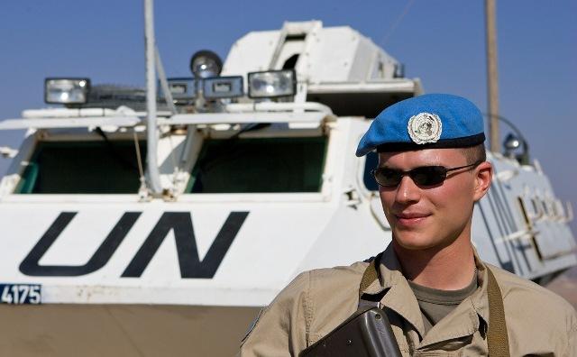 На Донбасі потрібні 20 тисяч «голубих шоломів»