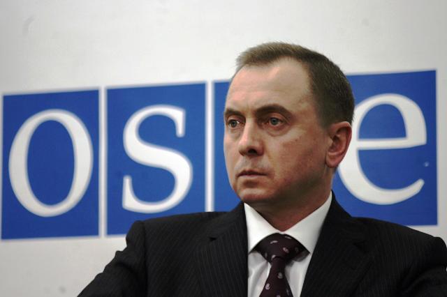 Білоруси хочуть одягнути голубі шоломи