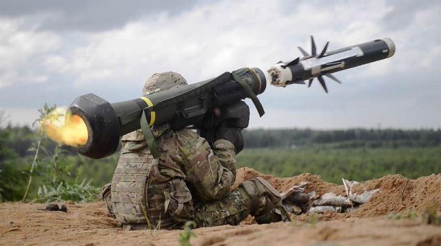 Надати українцям просунуті озброєння!