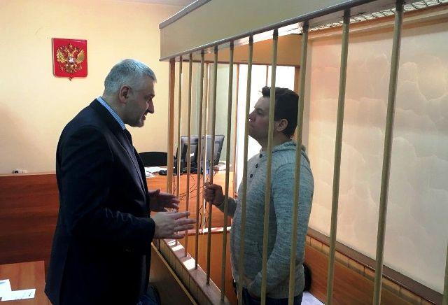 Тиск на адвоката, який захищає Романа Сущенка
