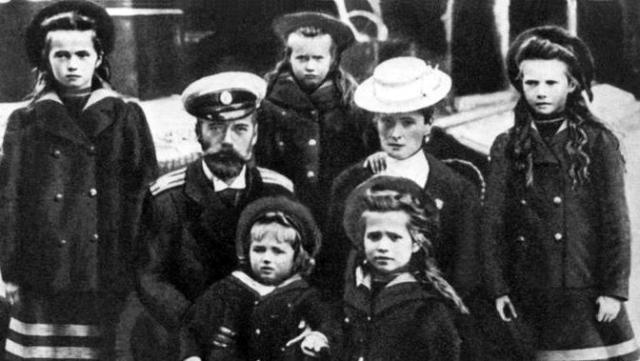Для чого у Росії згадали царя Миколу ІІ