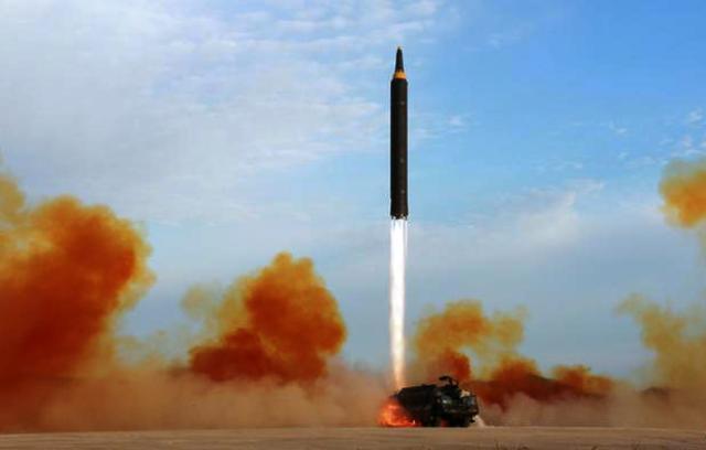 Пхеньян знову запустив балістичну ракету
