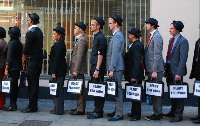 Безробіття знижується, а ціни ростуть
