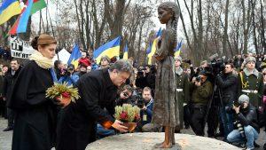 В Україні пом'янули жертв Голодоморів
