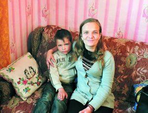 Уперше встала з інвалідного візка у 16 років!