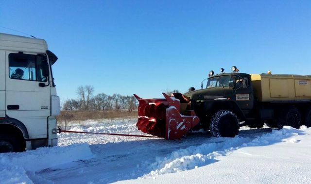 Снігові клопоти на заході України