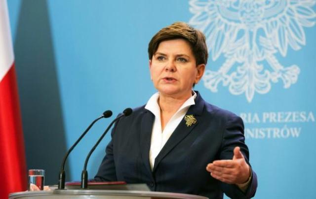 Несподівана відставка прем'єр-міністра Польщі