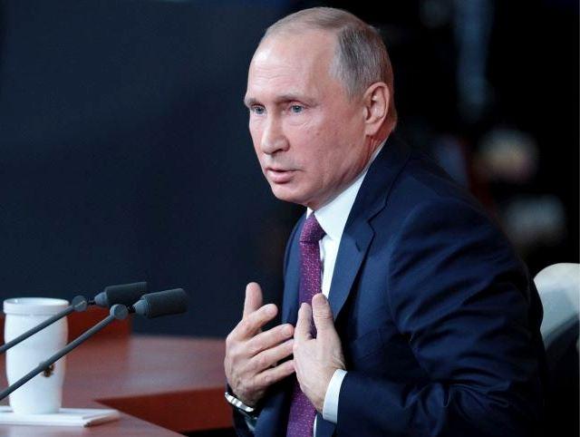 Чому у Володимира Путіна серце кров'ю обливається