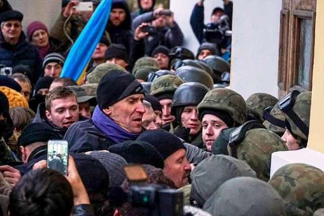 Сутички симпатиків Міхеіла Саакашвілі з поліцією