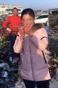 У пошуках дорогої каблучки китайці перебрали 13 т сміття